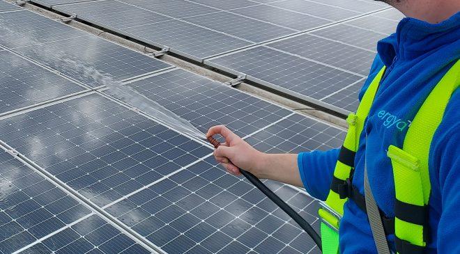 Instalación fotovoltaica - Frutas Juanito - detalle 2